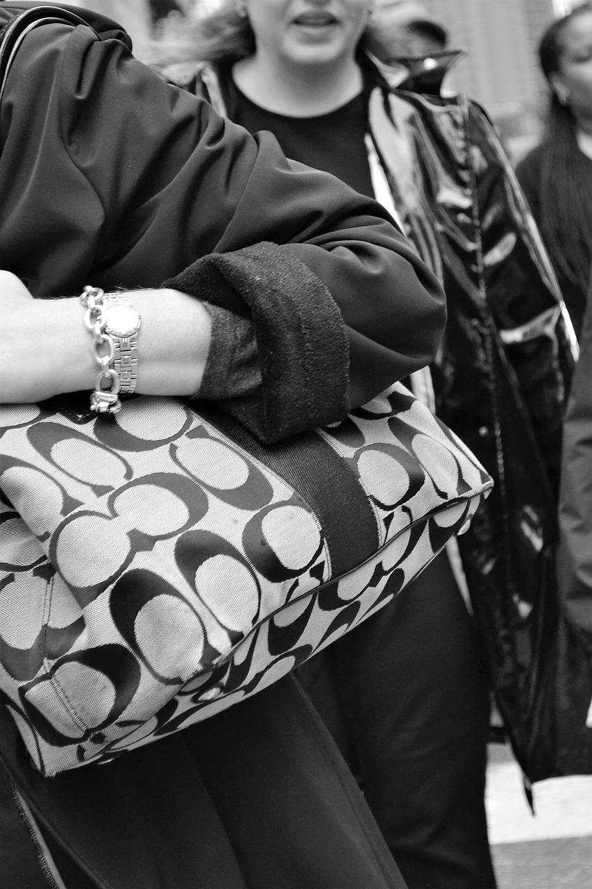 skórzana torebka jak dbać?